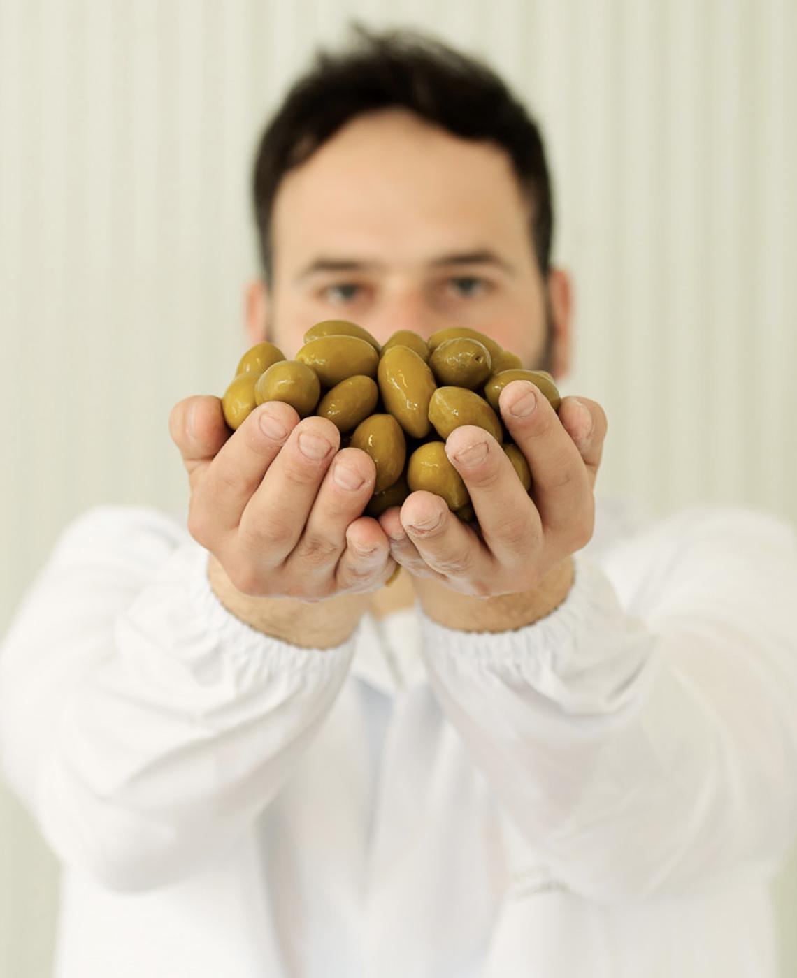 olive-belle-di-cerignola-antica-entoria-conserve-e-vini-biologici-di-puglia